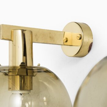 Hans-Agne Jakobsson wall lamp in brass and glass at Studio Schalling