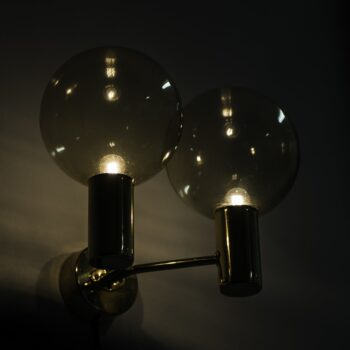 Hans-Agne Jakobsson wall lamps model V149/2 at Studio Schalling