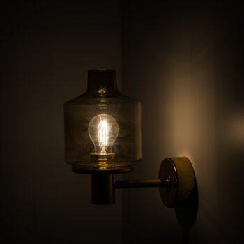 Hans-Agne Jakobsson wall lamps model V-212 at Studio Schalling