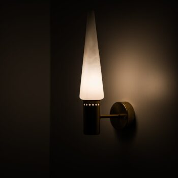 Hans-Agne Jakobsson wall lamps at Studio Schalling