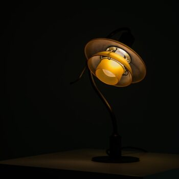 Poul Henningsen table lamp model PH-2/2 at Studio Schalling