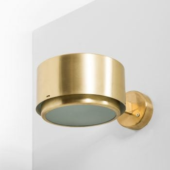 Hans-Agne Jakobsson wall lamps model V-118 at Studio Schalling