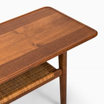 Hans Wegner coffee table model AT-10 at Studio Schalling