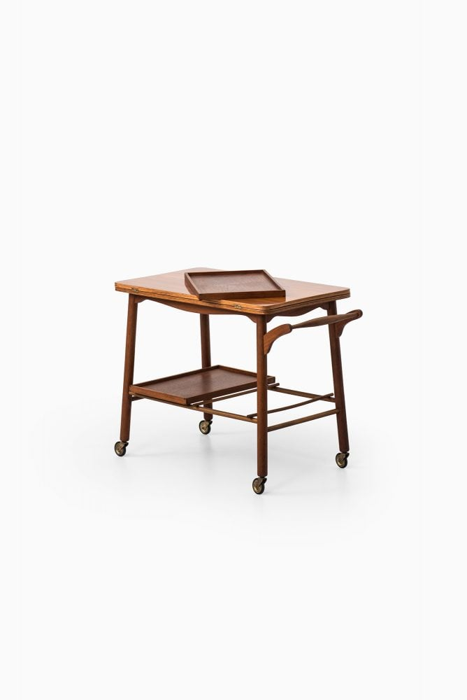 Frode Holm trolley in teak by Illums Bolighus at Studio Schalling