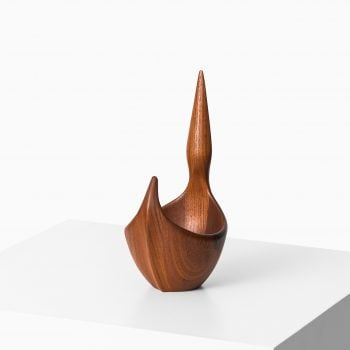 Johnny Mattsson sculpture / bowl in teak at Studio Schalling