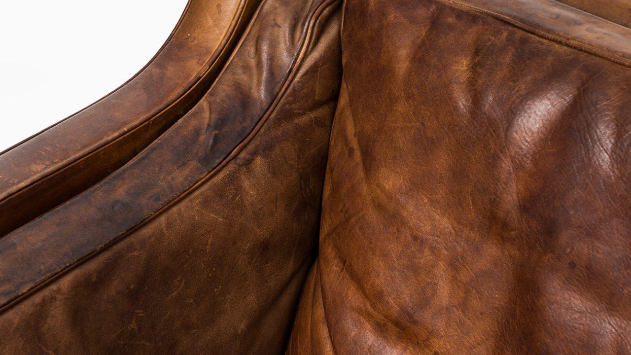 Børge Mogensen sofa model 2213 in cognac brown leather at Studio Schalling
