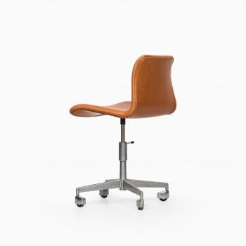 Office chair in cognac brown leather at Studio Schalling