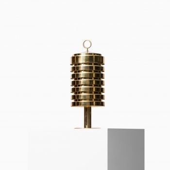 Hans-Agne Jakobsson B-99 table lamp in brass at Studio Schalling