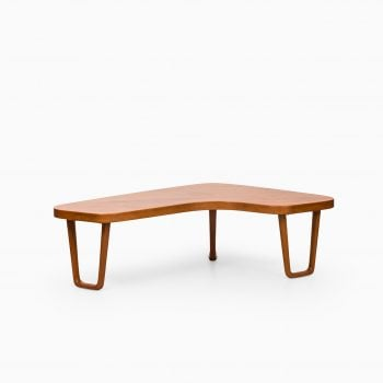 Coffee table in teak by Alberts in Tibro at Studio Schalling
