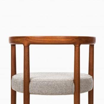 Ole Gjerløv Knudsen dining chairs model 195 at Studio Schalling