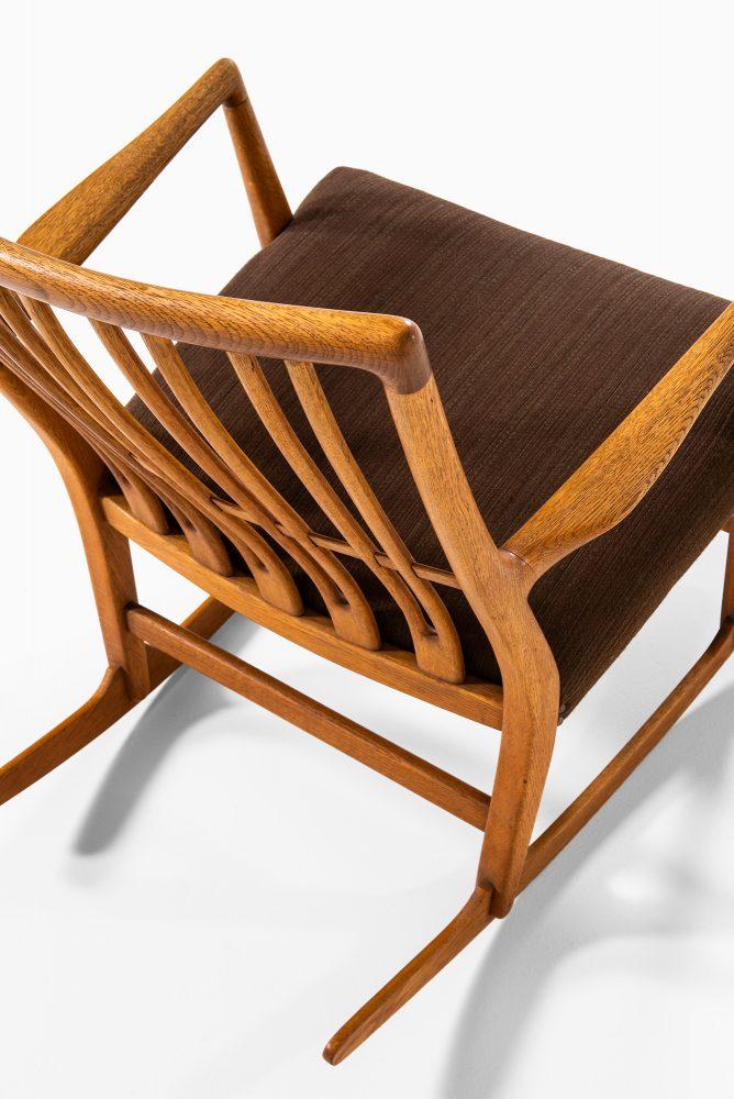 Hans Wegner rocking chair model ML-33 at Studio Schalling