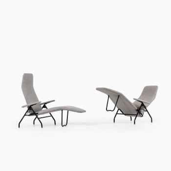 A pair of reclining chairs in black steel at Studio Schalling