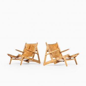 Børge Mogensen hunting chairs in oak at Studio Schalling