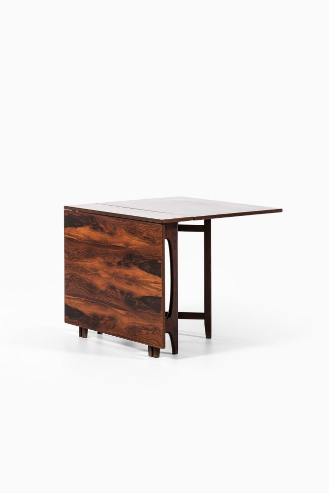Bendt Winge dining table in rosewood at Studio Schalling