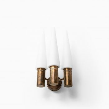 Hans-Agne Jakobsson wall lamps model S-1987/3 at Studio Schalling