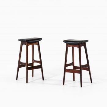 Johannes Andersen bar stools in rosewood at Studio Schalling