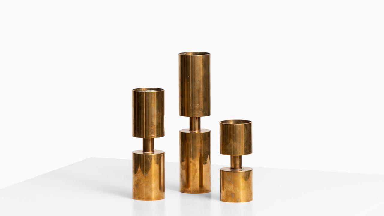 Thelma Zoéga set of 3 candlesticks in brass at Studio Schalling