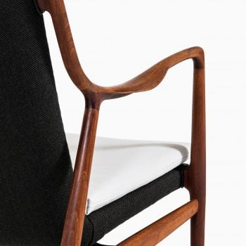 Finn Juhl NV-45 easy chairs by Niels Vodder at Studio Schalling