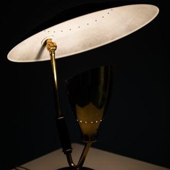 Svend Aage Holm Sørensen table lamp in brass at Studio Schalling