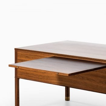 Ole Wanscher desk in rosewood and brass at Studio Schalling