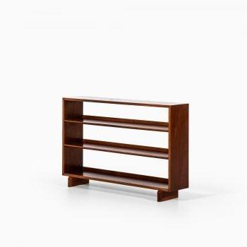 Josef Frank bookcase in mahogany by Svenskt Tenn at Studio Schalling