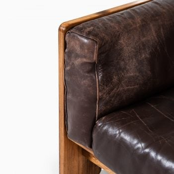Tobia Scarpa Bastiano sofa in brown leather at Studio Schalling