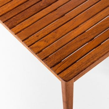 Alberts side table / bench in solid teak at Studio Schalling