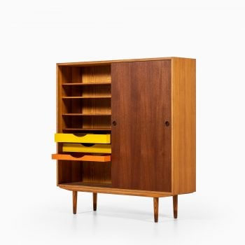 Børge Mogensen cabinet in oregon pine and teak at Studio Schalling