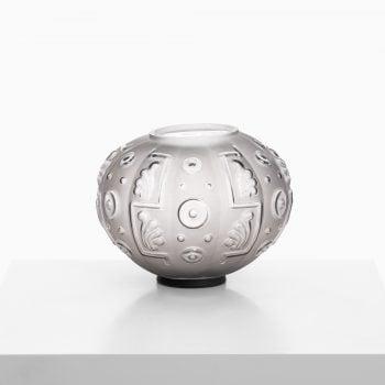 Edvin Ollers glass vase by Elme at Studio Schalling