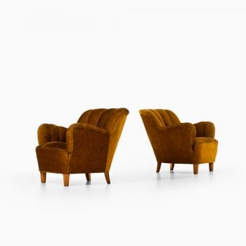 Pair of easy chairs attributed to Otto Schulz at Studio Schalling