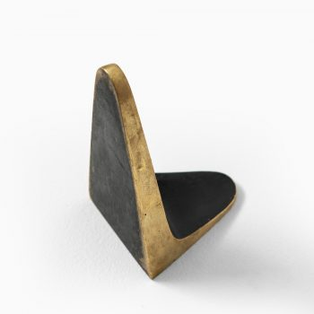Carl Auböck bookend in brass at Studio Schalling