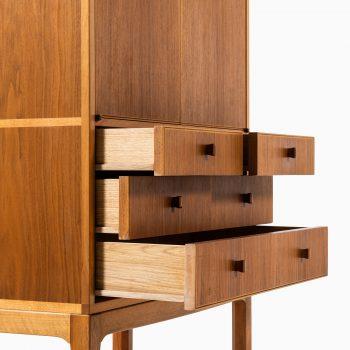 Carl Malmsten cabinet model Lillbo in walnut at Studio Schalling
