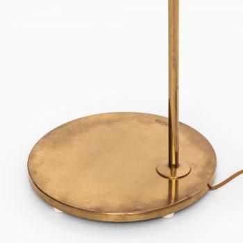 Bergbom floor lamp model G-075 in brass at Studio Schalling