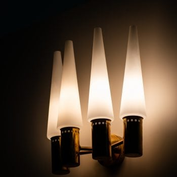 Hans-Agne Jakobsson S-1987/4 wall lamps at Studio Schalling