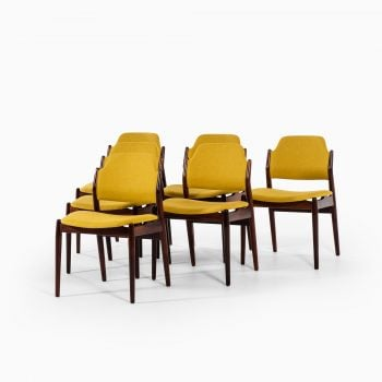 Arne Vodder model 462 dining chairs by Sibast at Studio Schalling