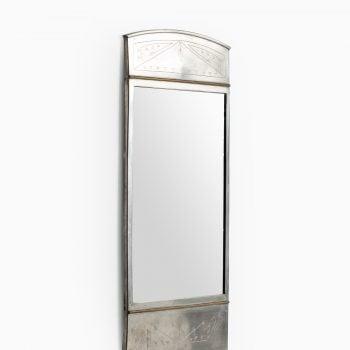 Mirror in pewter and brass by Rudolf Zibell at Studio Schalling