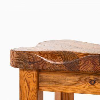 Pair of stools in pine at Studio Schalling