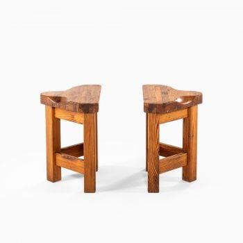 Pair of stools in pine at Studio Schalling
