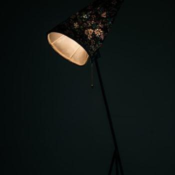 Hans Bergström floor lamp model 569 at Studio Schalling
