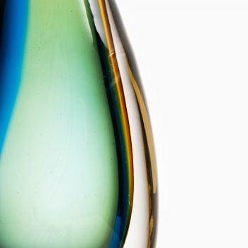 Vicke Lindstrand glass vase by Kosta at Studio Schalling