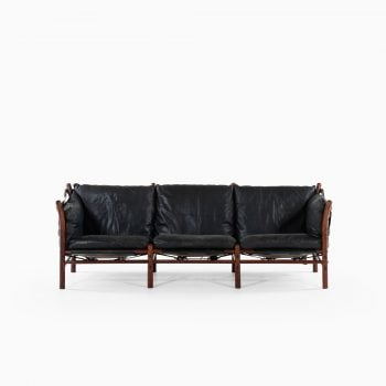 Arne Norell Ilona sofa in black leather at Studio Schalling