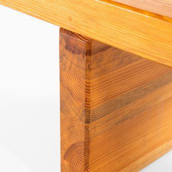 Roland Wilhelmsson Bamse bench in solid pine at Studio Schalling