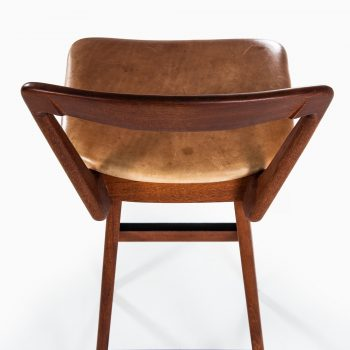 Henry Rosengren Hansen bar stools in teak at Studio Schalling