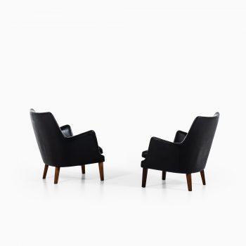 Arne Vodder easy chairs by Ivan Schlecter at Studio Schalling