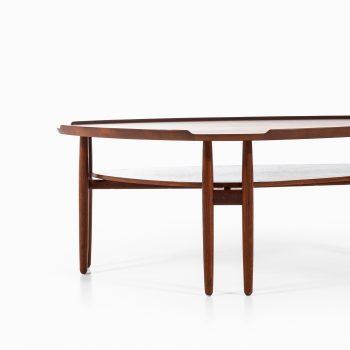 Arne Vodder coffee table in teak at Studio Schalling