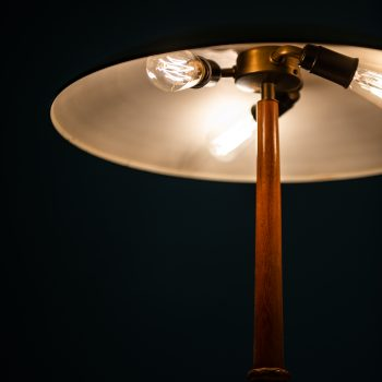 Rare table lamp by Böhlmarks in brass at Studio Schalling