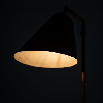 Frits Schlegel table lamp model B29 in brass at Studio Schalling