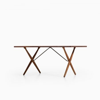 Hans Wegner AT-303 dining table by Andreas Tuck at Studio Schalling