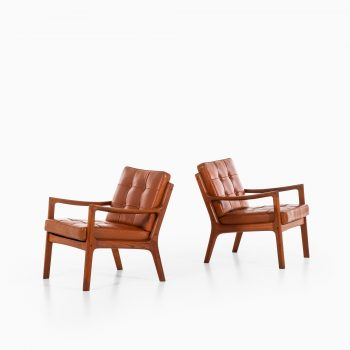 Ole Wanscher Senator easy chairs in teak at Studio Schalling