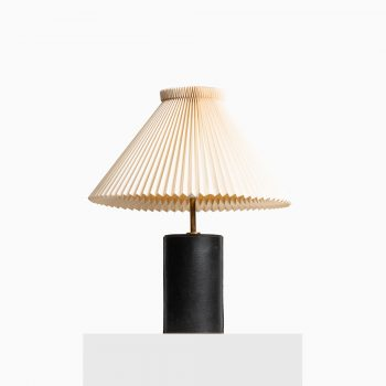 Table lamp in brass and pigskin leather at Studio Schalling